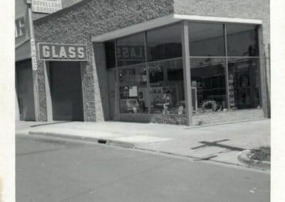 clarkglass_about_vint2
